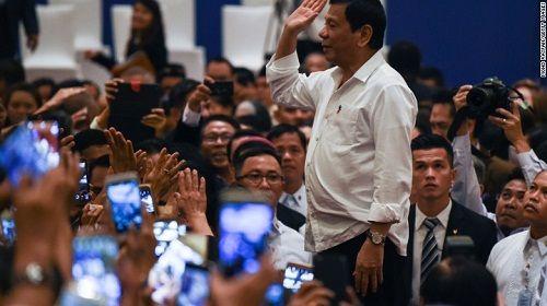 """Tổng thống Philippines """"sung sướng"""" vì Donald Trump đắc cử - Ảnh 1"""