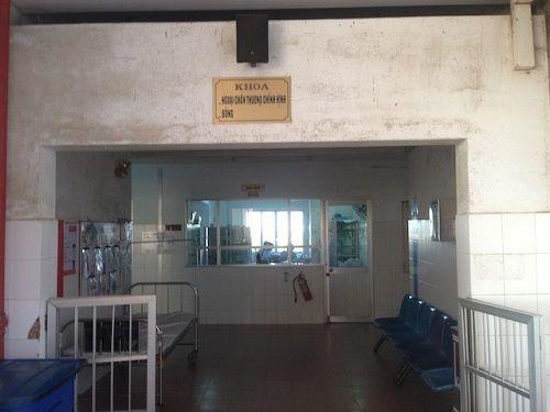 Lời khai của nhân viên y tế tự tháo lìa chân ở miền Tây - Ảnh 2