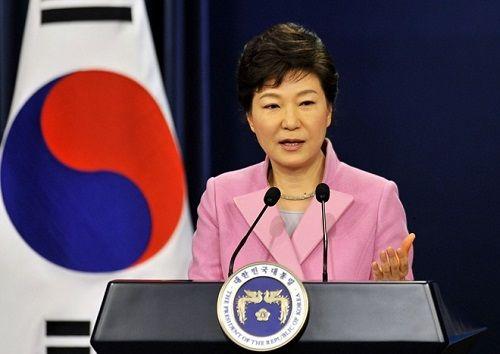 Tổng thống Hàn Quốc Park Geun hye khẳng định không từ chức - Ảnh 1