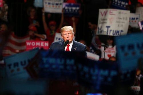 """Bất ngờ tháng 10 mới: Nga """"nuôi"""" quan hệ với ông Trump trong 5 năm? - Ảnh 1"""