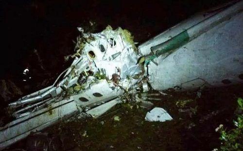 Hiện trường vụ rơi máy bay ở Colombia khiến 76 người thiệt mạng - Ảnh 1