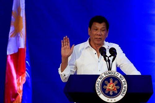 Tổng thống Durterte chỉ trích những đe dọa về Tòa hình sự quốc tế - Ảnh 1