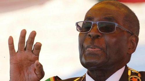 Tổng thống Zimbabwe tái tranh cử ở tuổi 92 - Ảnh 1