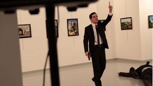 Đại sứ Nga bị ám sát tại Thổ Nhĩ Kỳ - Ảnh 1