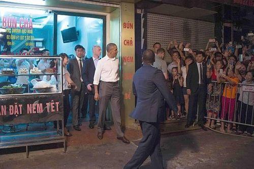 Hé lộ những điều chưa ai biết về bữa bún chả với ông Obama - Ảnh 2