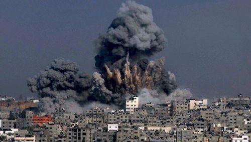 Hơn 100 binh sỹ Syria thương vong: Tấn công nhầm hay đòn đánh có chủ đích? - Ảnh 1