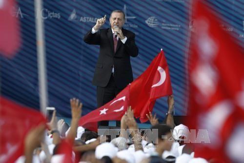 Thổ Nhĩ Kỳ nêu điều kiện bắt tay Mỹ chống IS - Ảnh 1