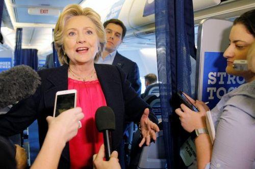 Clinton tìm cách 'giữ 'Trump trong vòng phòng thủ sau cuộc tranh luận  - Ảnh 1