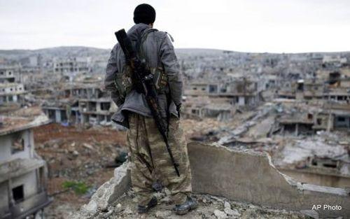 Mỹ xem xét ngừng hợp tác với Nga tại Syria - Ảnh 1