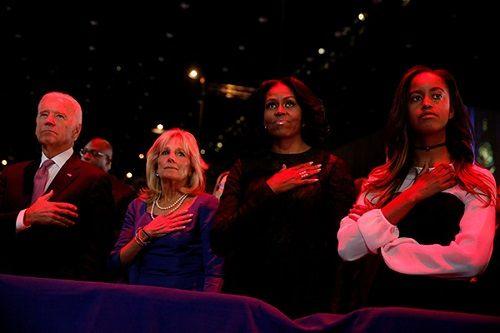 Tổng thống Barack Obama rơi nước mắt khi phát biểu chia tay Nhà Trắng - Ảnh 3