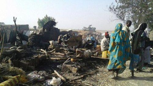 Hơn 230 người thiệt mạng trong vụ không kích trại tị nạn Nigeria - Ảnh 1