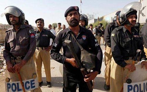 Nổ bom tại chợ Pakistan, hơn 60 người thương vong - Ảnh 1