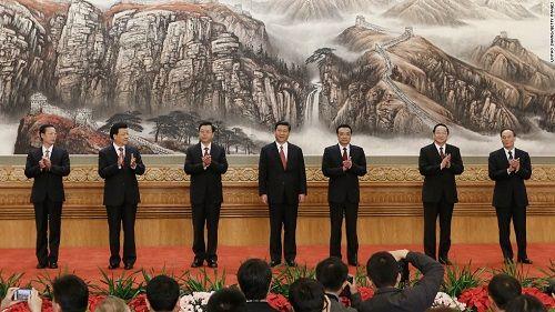Ban Thường vụ Bộ Chính trị ĐCS Trung Quốc vừa được bầu tại Đại hội thứ 19. Nguồn: ĐS&PL