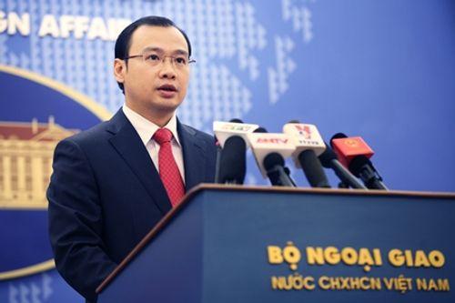 Bộ Ngoại giao lên tiếng về việc Trung Quốc xây dựng kho chứa tên lửa ở Biển Đông - Ảnh 1