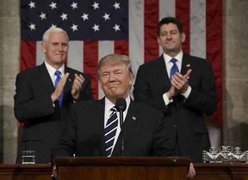 Trump tuyên bố mang lại gần 3.000 tỷ USD cho thị trường chứng khoán - Ảnh 1