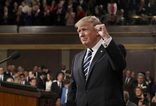 Trump tuyên bố mang lại gần 3.000 tỷ USD cho thị trường chứng khoán - Ảnh 2