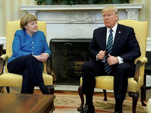 Thủ tướng Đức đọc Playboy trước cuộc gặp với ông Trump - Ảnh 1