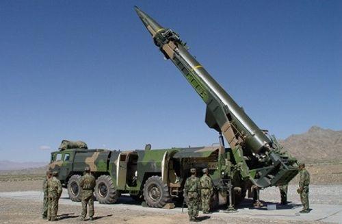 Trung Quốc bị tố chĩa 1.500 quả tên lửa vào Mỹ, Đài Loan - Ảnh 1