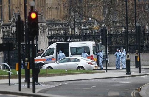Anh xác định danh tính kẻ tấn công khủng bố London - Ảnh 1