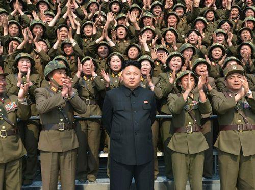 Mỹ trù tính can thiệp quân sự giải quyết vấn đề hạt nhân Triều Tiên - Ảnh 1