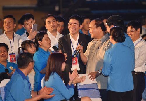 Thủ tướng đối thoại với công nhân lao động miền Trung - Ảnh 4