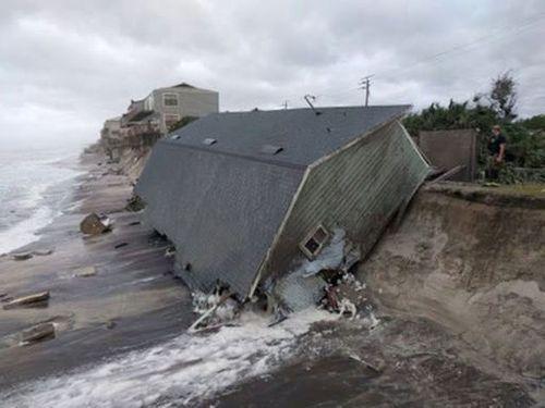 Siêu bão Irma tiếp tục tấn công Mỹ, ít nhất 9 người chết - Ảnh 1