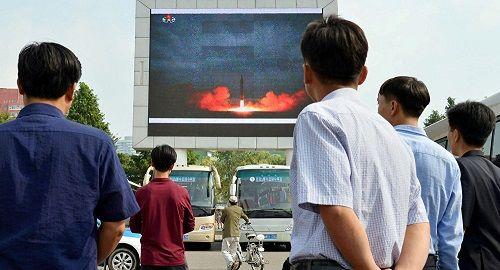 """Trung Quốc kêu gọi xem xét lại kế hoạch """"đóng băng kép"""" với Triều Tiên - Ảnh 2"""