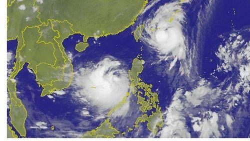 Trung Quốc sắp phải đối mặt với 2 cơn bão vô cùng nguy hiểm - Ảnh 1