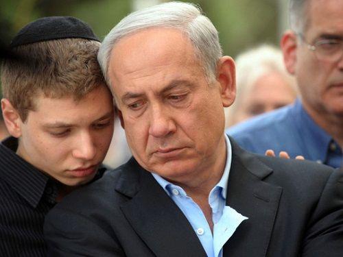 Con trai thủ tướng Israel bị lộ ghi âm mượn tiền mua dâm - Ảnh 1