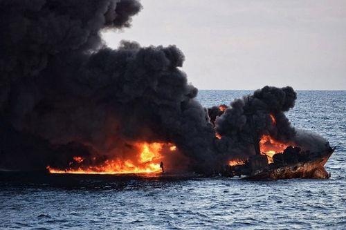 Trung Quốc xác định vị trí tàu chở dầu của Iran chìm - Ảnh 1