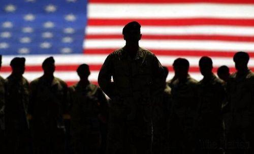 Quân đội Mỹ chấp nhận tuyển tân binh là người chuyển giới từ năm 2018 - Ảnh 1