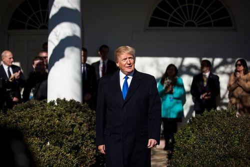 """Tổng thống Trump định """"sửa luật"""" phá thế đóng cửa chính phủ? - Ảnh 1"""