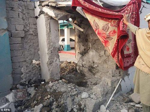 Chỉ huy khủng bố Taliban bị tên lửa tiêu diệt khi đang tắm - Ảnh 1