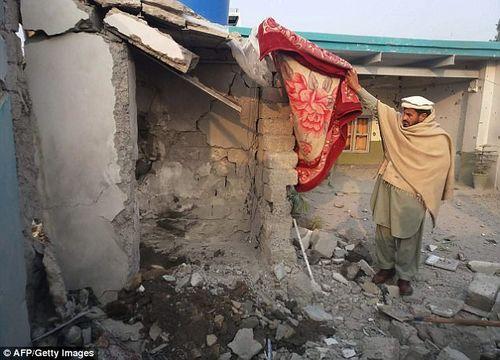 Chỉ huy khủng bố Taliban bị tên lửa tiêu diệt khi đang tắm - Ảnh 2