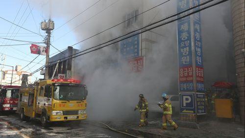 Hỏa hoạn tại bệnh viện Hàn Quốc, it nhất 31 người thiệt mạng - Ảnh 2