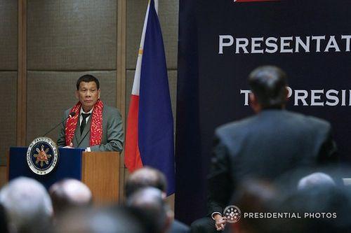 """Philippines: Phát ngôn về """"42 trinh nữ"""" của Tổng thống Duterte chỉ là """"nói đùa"""" - Ảnh 1"""