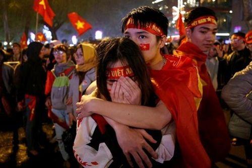 Báo Nhật: Trận bóng lịch sử đưa người Việt đến gần nhau hơn - Ảnh 1