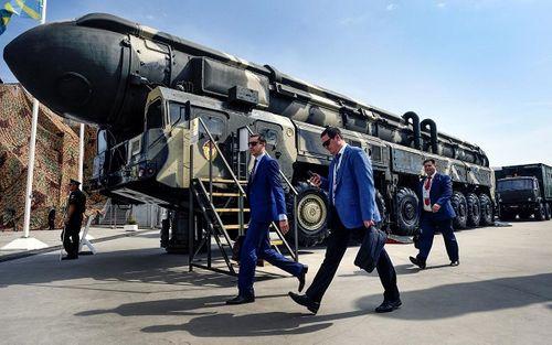 Lo ngại sức mạnh hạt nhân của Mỹ, Nga hiện đại hóa quân sự - Ảnh 1