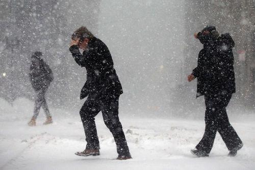 'Bom bão tuyết' đổ bộ nước Mỹ, 22 người thiệt mạng - Ảnh 2