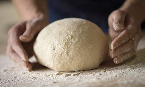 Thợ làm bánh Pháp bị phạt hơn 91 triệu vì quá chăm chỉ - Ảnh 1