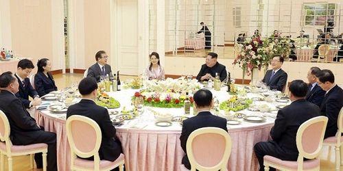 Triều Tiên: Ông Kim Jong Un sẽ gặp tổng thống Hàn Quốc - Ảnh 2