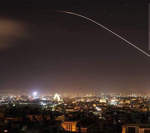 Mỹ, Anh, Pháp tấn công Syria - Ảnh 6