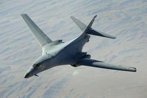 Mỹ, Anh, Pháp tấn công Syria - Ảnh 2
