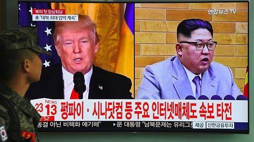 Ông Kim Jong-un có thể sẽ gặp ông Donald Trump ở biên giới liên Triều - Ảnh 1