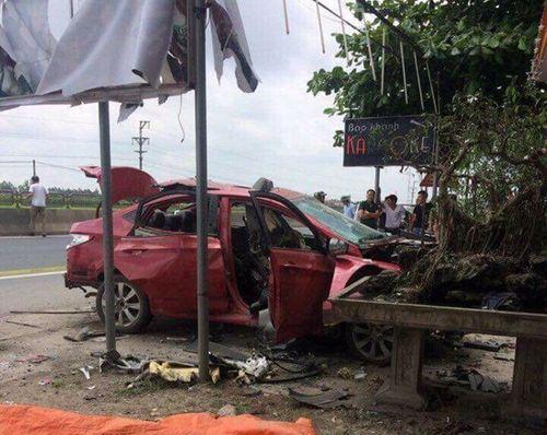 Hải Phòng: Điều tra vụ xe ô tô nổ tan tành trong đêm nghi bị gài mìn - Ảnh 1