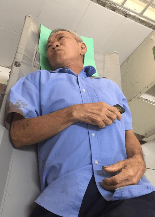 Vụ xe khách chở 30 người lật trên đèo: Nạn nhân kể lại khoảnh khắc kinh hoàng - Ảnh 2