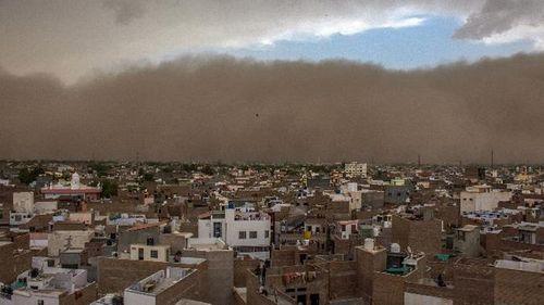 Bão cát càn quét miền Bắc Ấn Độ, hơn 170 người thương vong - Ảnh 2