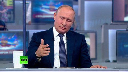 Tổng thống Putin công bố thời gian rút quân khỏi Syria - Ảnh 1