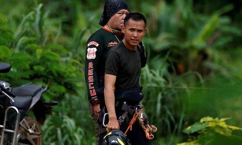 Thành viên thứ 8 đội bóng nhí Thái Lan được giải cứu, chiến dịch thứ hai kết thúc - Ảnh 6