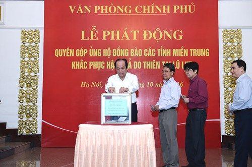 Thủ tướng và các Phó Thủ tướng ủng hộ đồng bào miền Trung - Ảnh 4